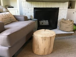 Do It Yourself Rustic Log Table